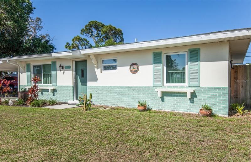 Photo of 6271 FREEMONT, NORTH PORT, FL 34287 (MLS # N6115175)