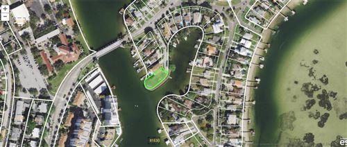 Photo of 3200 BAYOU PLACIDO BOULEVARD NE, ST PETERSBURG, FL 33703 (MLS # J935177)