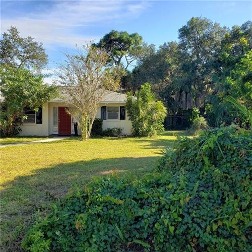 Photo of 431 FOXGLOVE ROAD, VENICE, FL 34293 (MLS # A4453179)