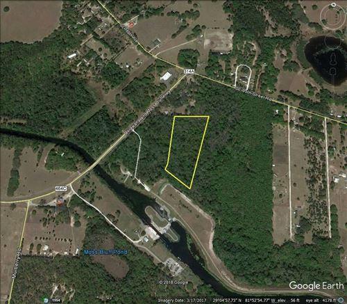 Photo of SE HIGHWAY 464C, OCKLAWAHA, FL 32179 (MLS # OM623180)