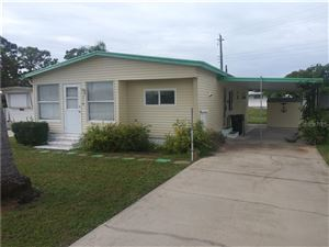 Photo of 210 OUTER DRIVE W, VENICE, FL 34285 (MLS # D6108181)