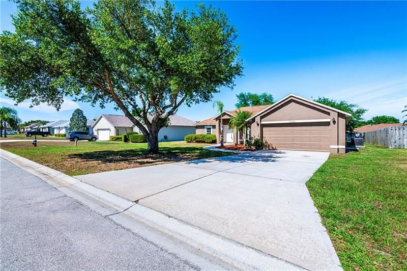 Photo of 9654 SARAGOSSA STREET, CLERMONT, FL 34711 (MLS # O5855183)