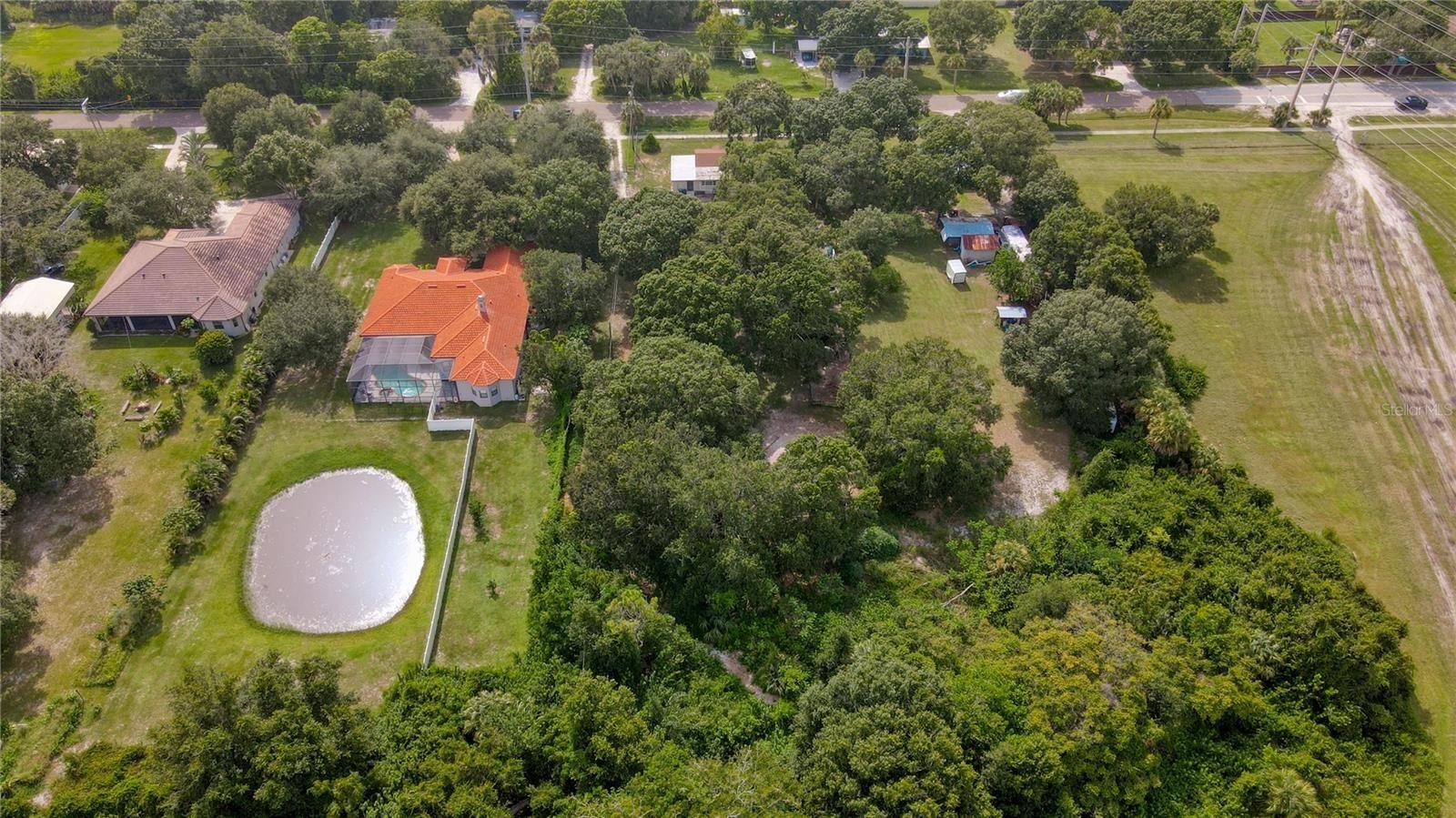 Photo of 720 OLD ALBEE FARM ROAD, NOKOMIS, FL 34275 (MLS # A4511184)