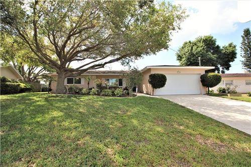 Photo of 3990 HARBOR HILLS DRIVE, LARGO, FL 33770 (MLS # U8119185)