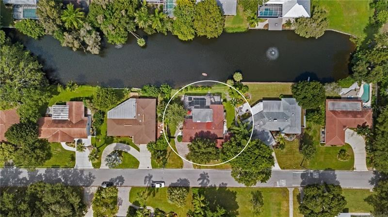 Photo of 1705 SHORELAND DRIVE, SARASOTA, FL 34239 (MLS # A4479185)