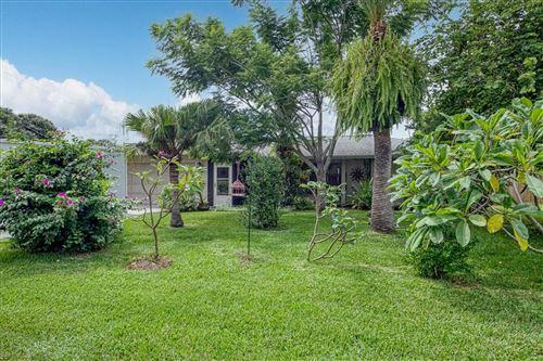 Photo of 122 DADE AVENUE, SARASOTA, FL 34232 (MLS # A4510187)