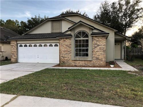 Photo of 841 HEATHER GLEN CIRCLE, LAKE MARY, FL 32746 (MLS # O5837188)