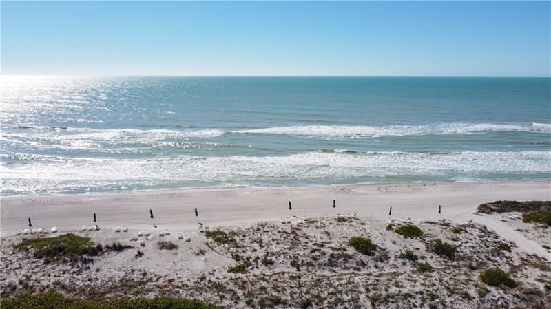 Photo of 1945 GULF OF MEXICO DRIVE #M2-505, LONGBOAT KEY, FL 34228 (MLS # A4489188)