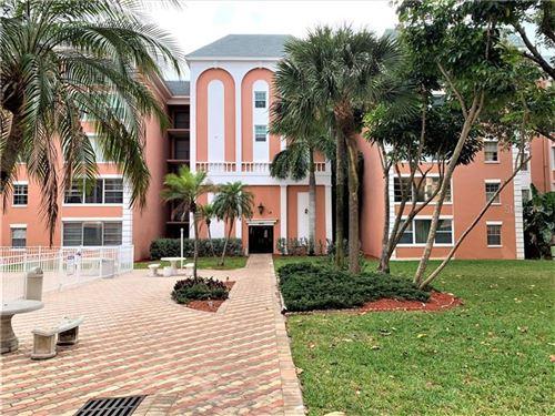Photo of 6800 20TH AVENUE N #105, ST PETERSBURG, FL 33710 (MLS # U8080189)