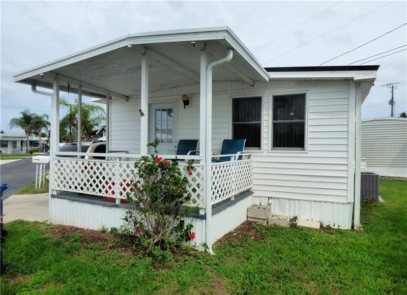2047 CHAMPION STREET, Sarasota, FL 34231 - #: T3247189