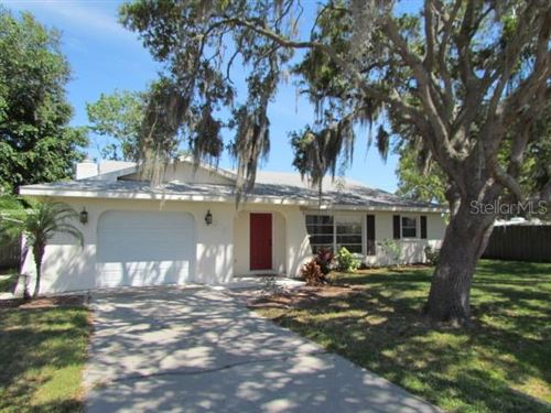 Photo of 915 DEVON ROAD, VENICE, FL 34293 (MLS # N6115190)