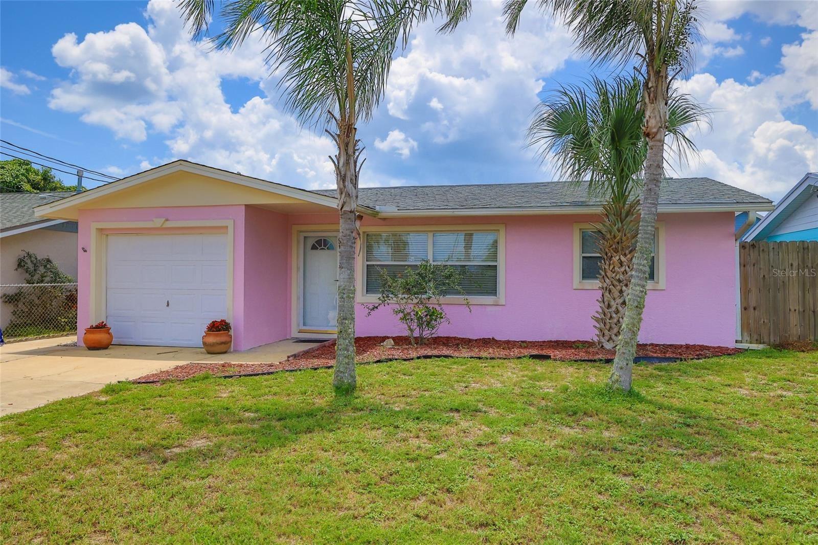 835 E 16TH AVENUE, New Smyrna Beach, FL 32169 - #: O5962190