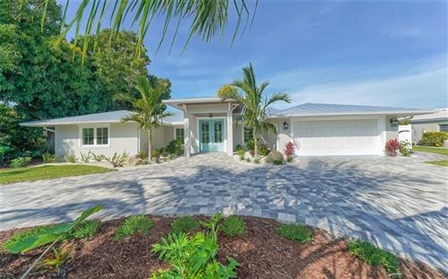 Photo of 511 SPINNAKER LANE, LONGBOAT KEY, FL 34228 (MLS # A4453193)