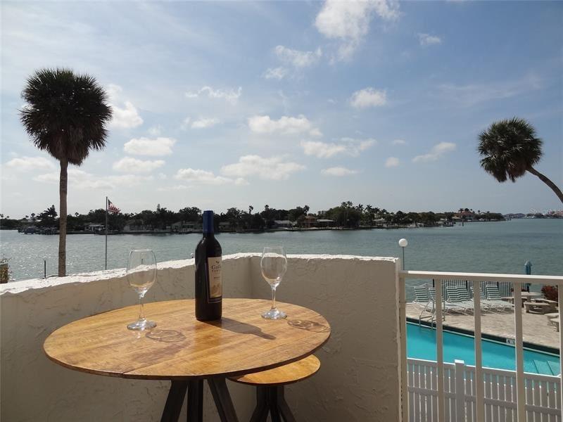 285 107TH AVENUE #203, Treasure Island, FL 33706 - #: U8121195