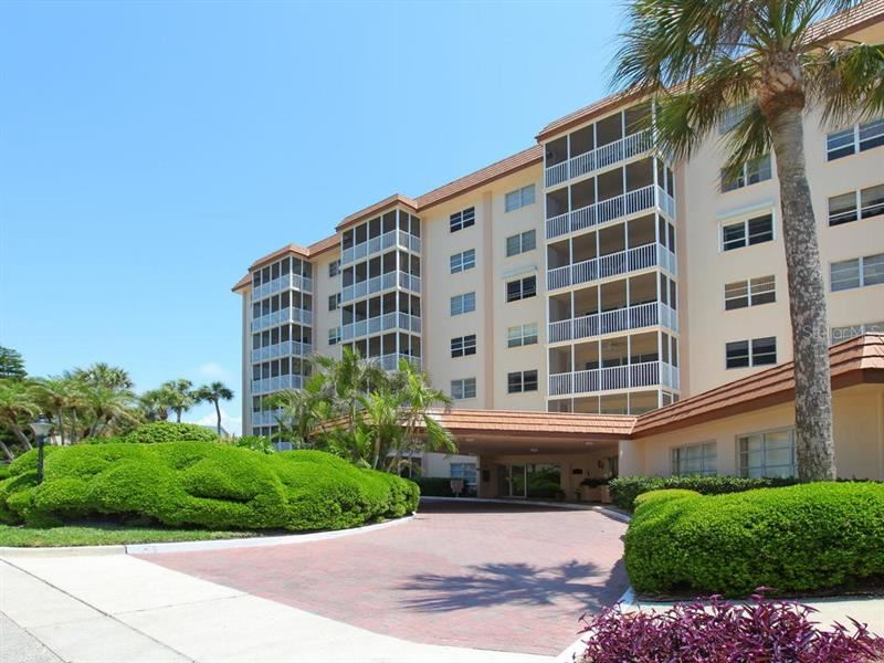 Photo of 800 BENJAMIN FRANKLIN DRIVE #702, SARASOTA, FL 34236 (MLS # A4457196)