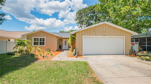 Photo of 2370 PEMBROOK DRIVE, CLEARWATER, FL 33764 (MLS # T3310198)