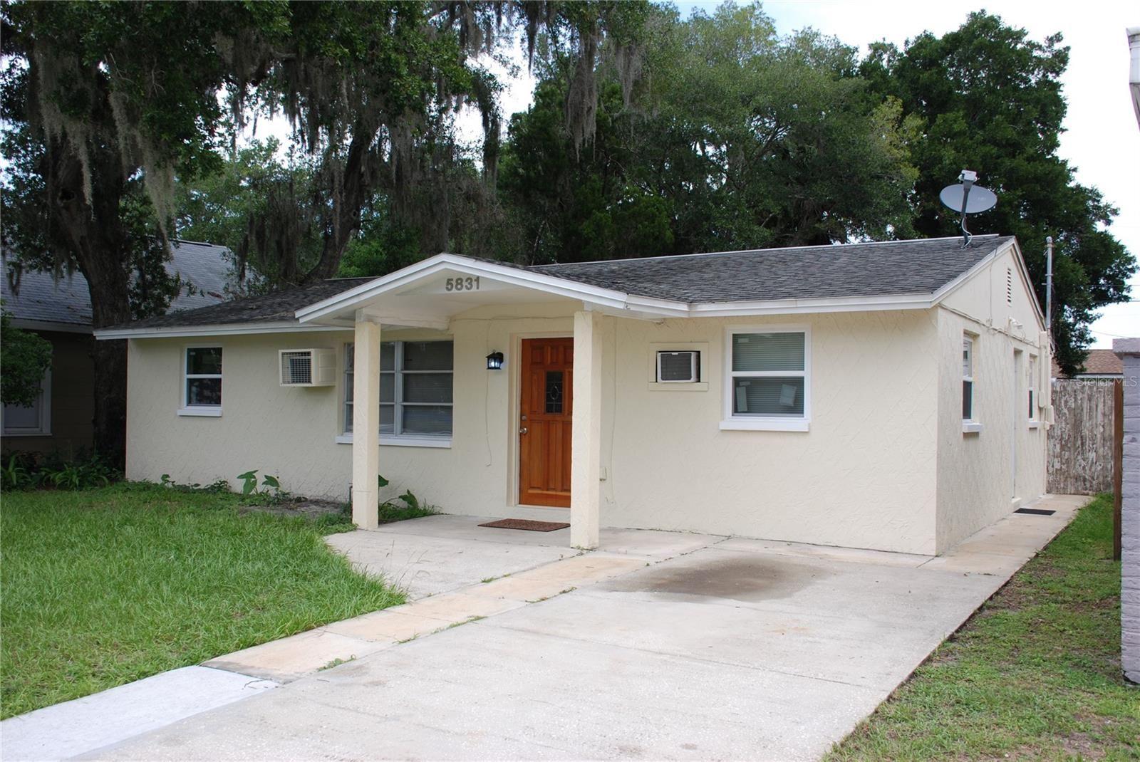 5831 CENTRAL AVENUE, New Port Richey, FL 34652 - #: U8130198