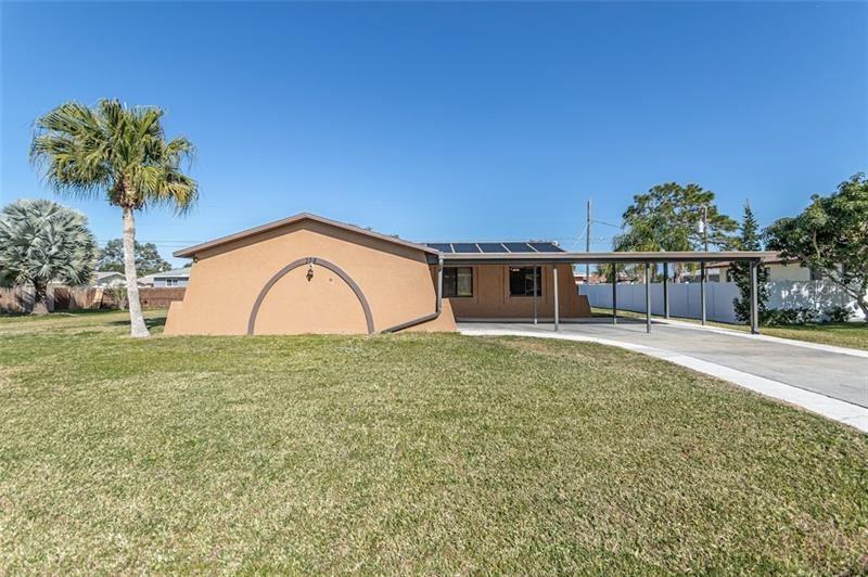 Photo of 308 COWRY RD, VENICE, FL 34293 (MLS # N6113199)
