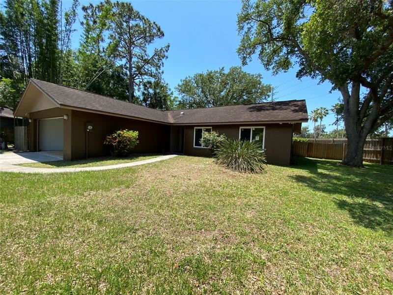 Photo of 2806 NORTHWOOD CIRCLE, SARASOTA, FL 34234 (MLS # A4500201)