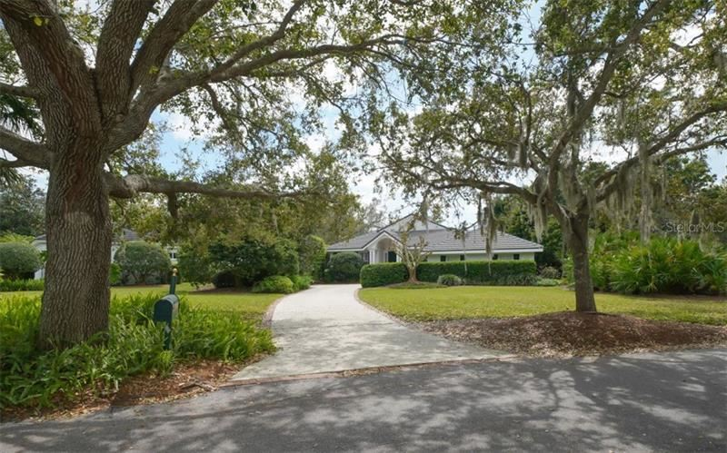 Photo of 17 BAYHEAD LANE, OSPREY, FL 34229 (MLS # A4461202)