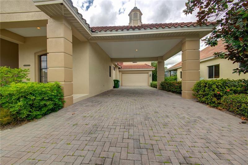 Photo of 504 REGATTA WAY, BRADENTON, FL 34208 (MLS # A4460203)