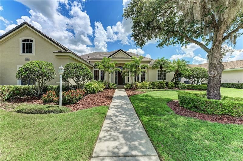 Photo of 6523 THE MASTERS AVENUE, LAKEWOOD RANCH, FL 34202 (MLS # A4469203)