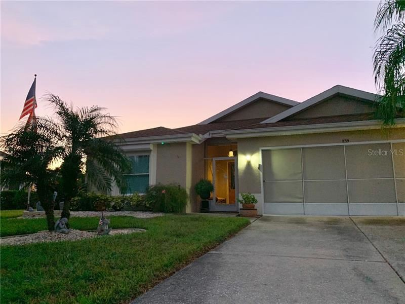 Photo for 839 MANCHESTER WOODS DRIVE #25, SUN CITY CENTER, FL 33573 (MLS # T3198205)