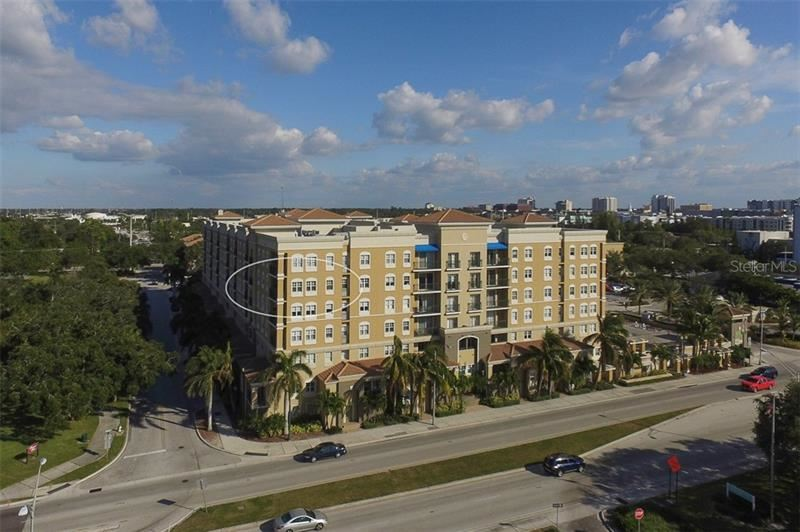 Photo of 1064 N TAMIAMI TRAIL #1521, SARASOTA, FL 34236 (MLS # A4478206)