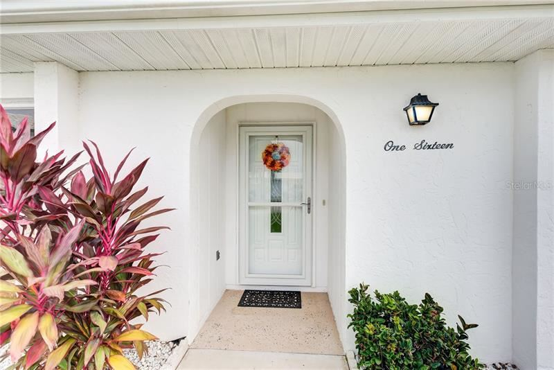 Photo of 116 CIRCLEWOOD DRIVE #B2-5, VENICE, FL 34293 (MLS # N6112208)