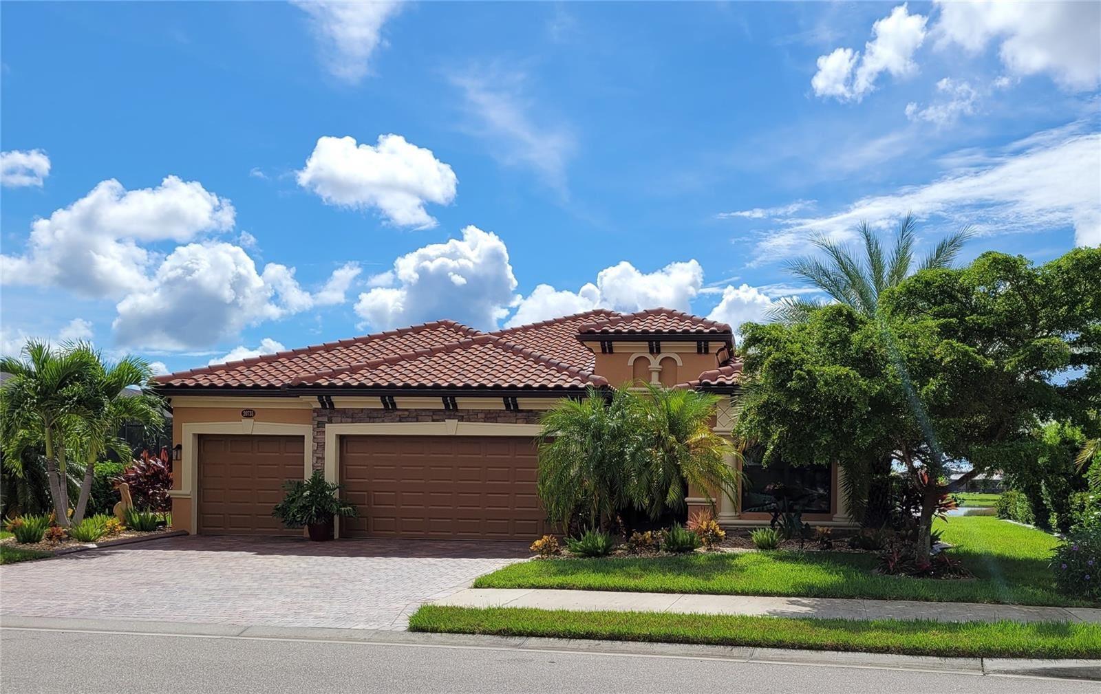 Photo of 20735 GRANLAGO DRIVE, VENICE, FL 34293 (MLS # A4513209)