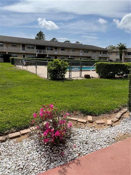 1100 E CAROLINE ST 105 #105, Tavares, FL 32778 - #: O5930211
