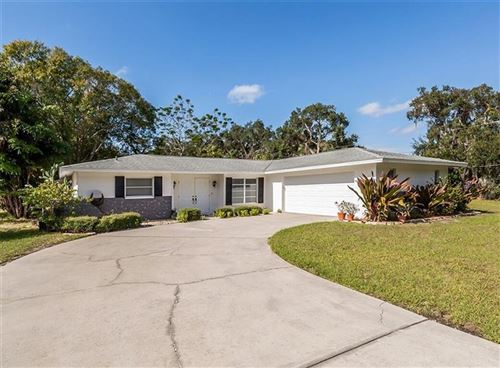 Photo of 1045 MYRTLE AVENUE, VENICE, FL 34285 (MLS # N6108214)