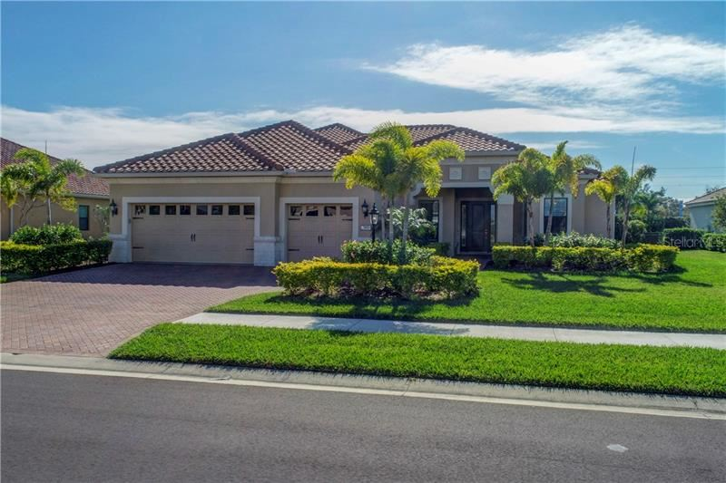 Photo for 7805 PASSIONFLOWER DRIVE, SARASOTA, FL 34241 (MLS # A4457215)