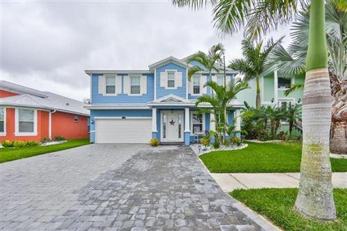 Photo of 6417 KEY ISLAND AVENUE, APOLLO BEACH, FL 33572 (MLS # T3302217)