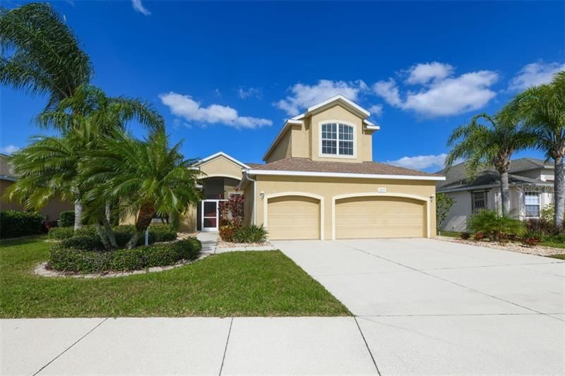 Photo of 6639 63RD TERRACE E, BRADENTON, FL 34203 (MLS # A4455217)