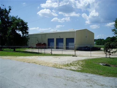 Photo of 6195 N US HIGHWAY 441, OCALA, FL 34475 (MLS # OM620219)