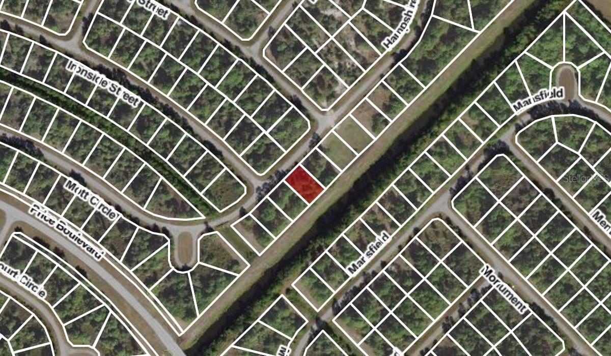 Photo of HAMPSHIRE CIRCLE, NORTH PORT, FL 34288 (MLS # A4513219)