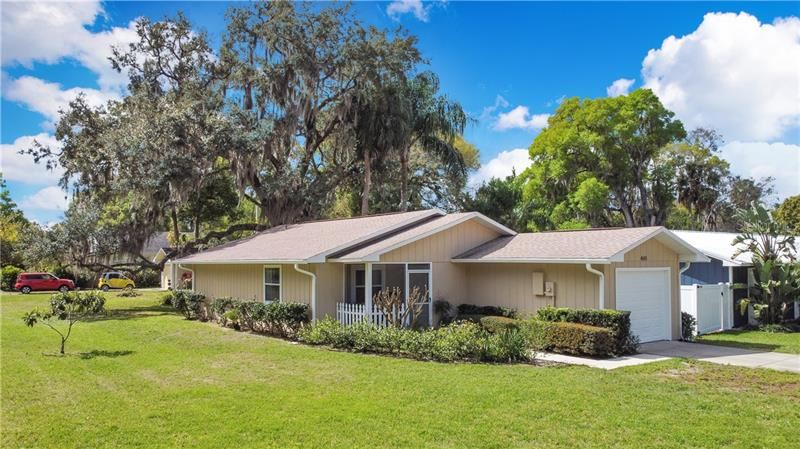 440 E 11TH AVENUE, Mount Dora, FL 32757 - #: O5930220