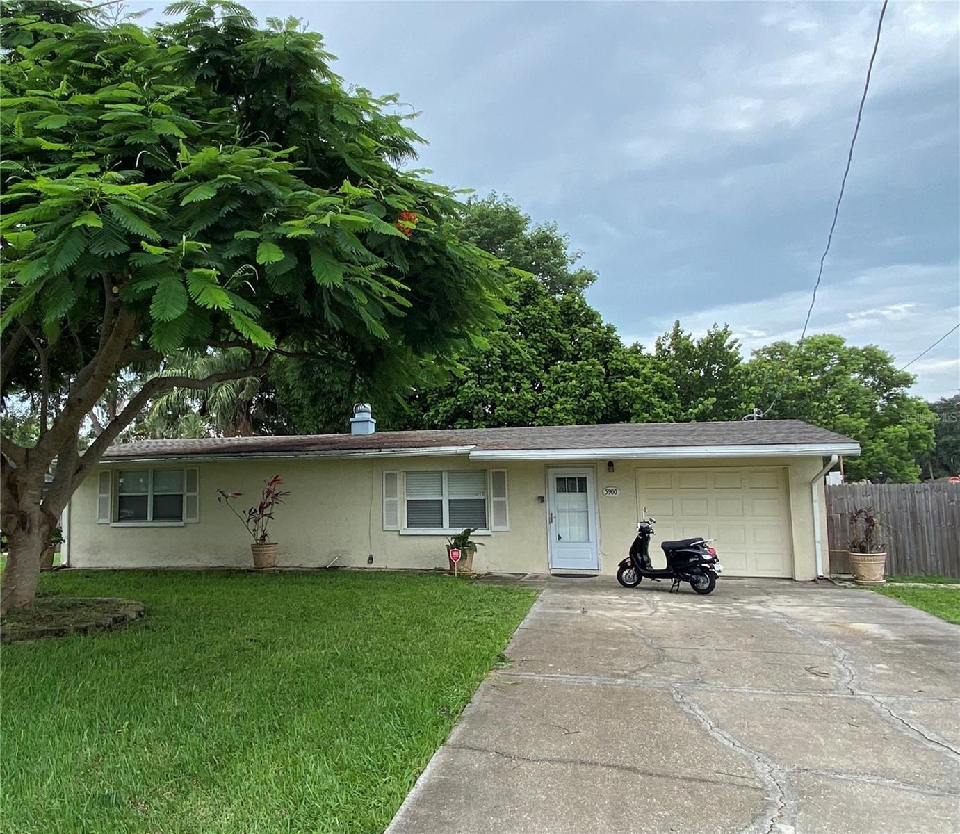 Photo of 5900 OLIVE AVENUE, SARASOTA, FL 34231 (MLS # A4505221)