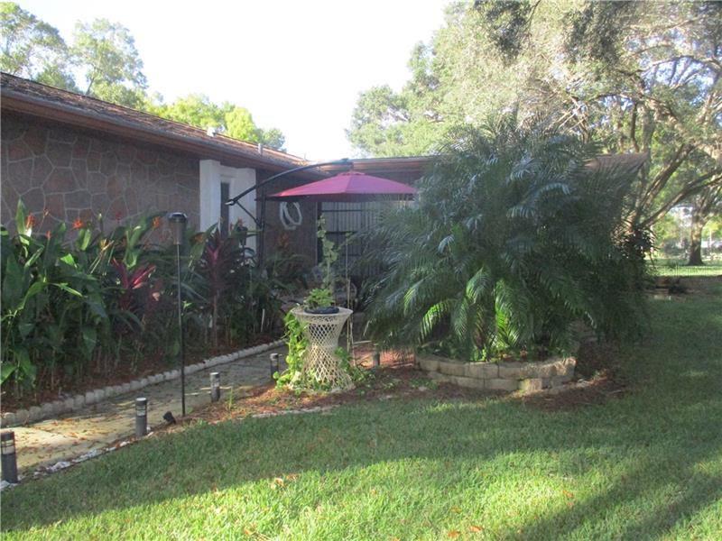 2231 SPRUCE LANE #A, Palm Harbor, FL 34684 - #: U8106221