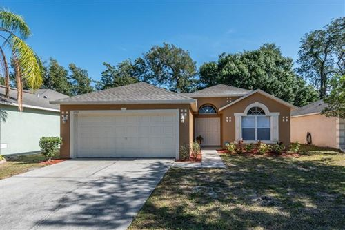 Photo of 6922 CROWN LAKE DRIVE, GIBSONTON, FL 33534 (MLS # T3307222)