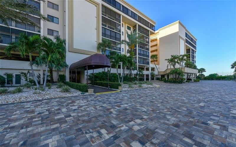 Photo of 1104 BENJAMIN FRANKLIN DRIVE #317, SARASOTA, FL 34236 (MLS # A4445222)