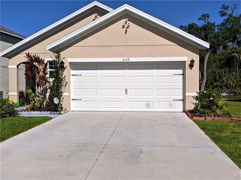 Photo of 4128 LINDEVER LANE, PALMETTO, FL 34221 (MLS # A4470222)