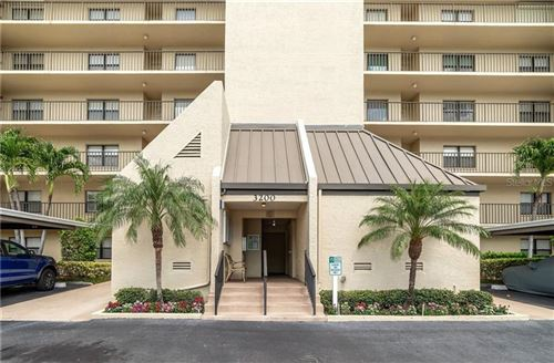 Photo of 3200 COVE CAY DRIVE #1E, CLEARWATER, FL 33760 (MLS # U8119223)