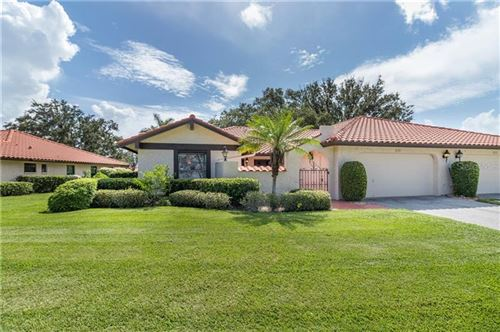 Photo of 7265 GOLF POINTE WAY, SARASOTA, FL 34243 (MLS # A4471227)