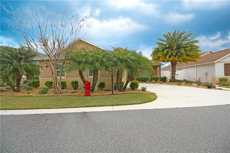 Photo of 2468 DAY DRIVE, THE VILLAGES, FL 32163 (MLS # G5038232)