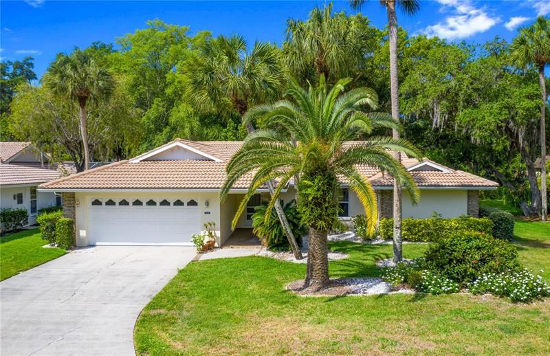 Photo of 5514 GARDEN LAKES OAK #14, BRADENTON, FL 34203 (MLS # A4500239)