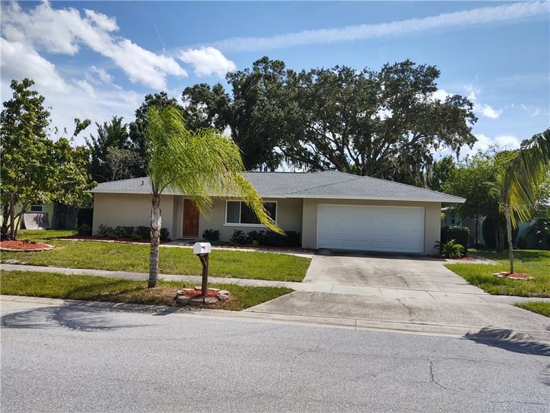 Photo of 2810 MAYFLOWER STREET, SARASOTA, FL 34231 (MLS # U8098239)