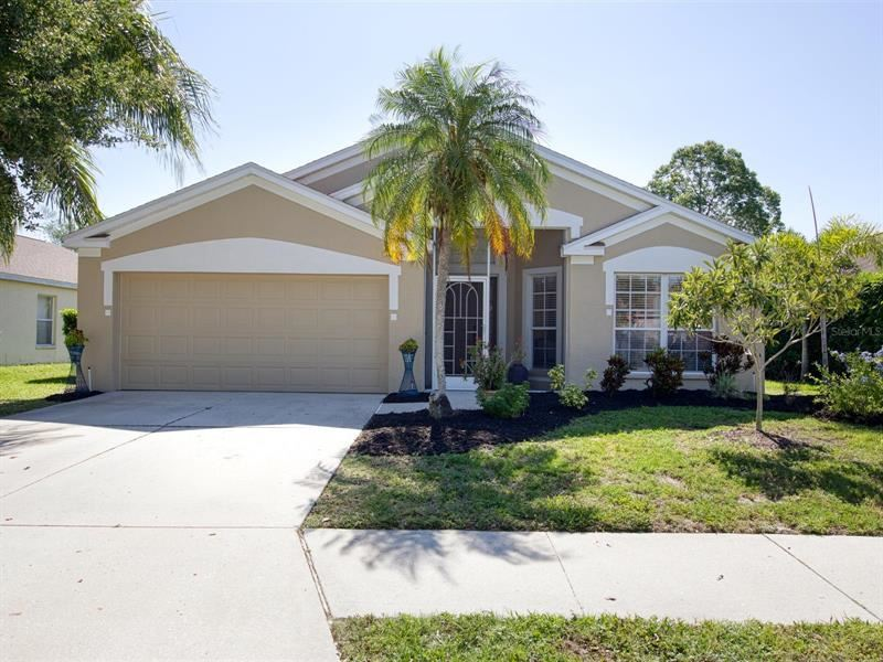 Photo of 4806 SABAL HARBOUR DRIVE, BRADENTON, FL 34203 (MLS # A4498241)