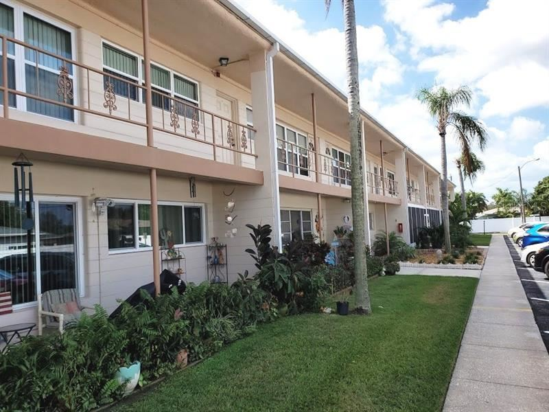 5860 43RD TERRACE N #1515, Kenneth City, FL 33709 - #: U8102242